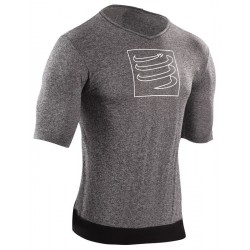 Camiseta Compressport Training Shirt Gris